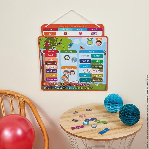 """Agenda magnétique """"Une Belle Journée"""" calendrier enfant 67 magnets à partir de 3 ans"""