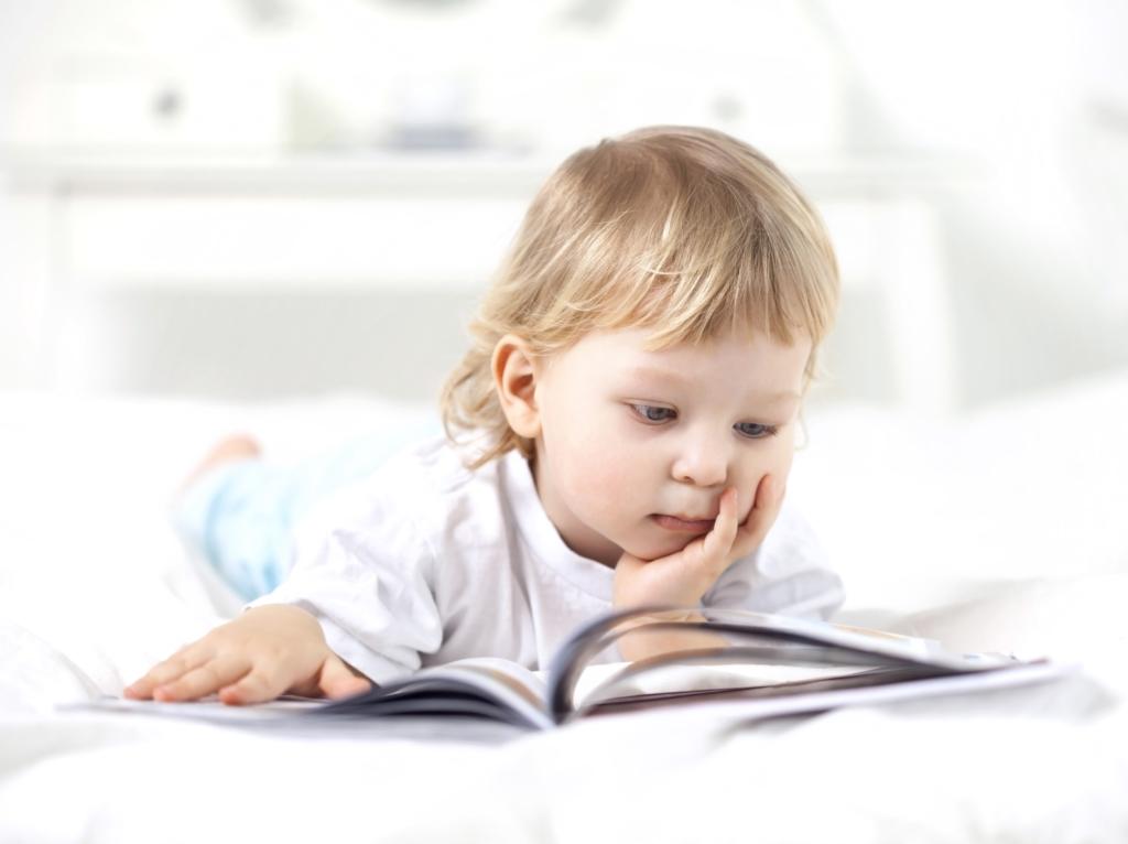 Lire, voilà un grand défi pour les enfants… mais aussi pour les parents.